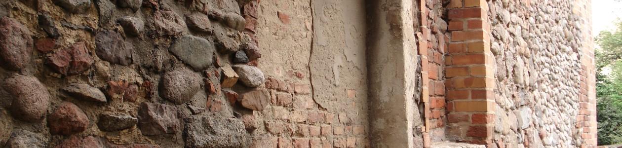 Strahlarbeiten an historischen Mauern