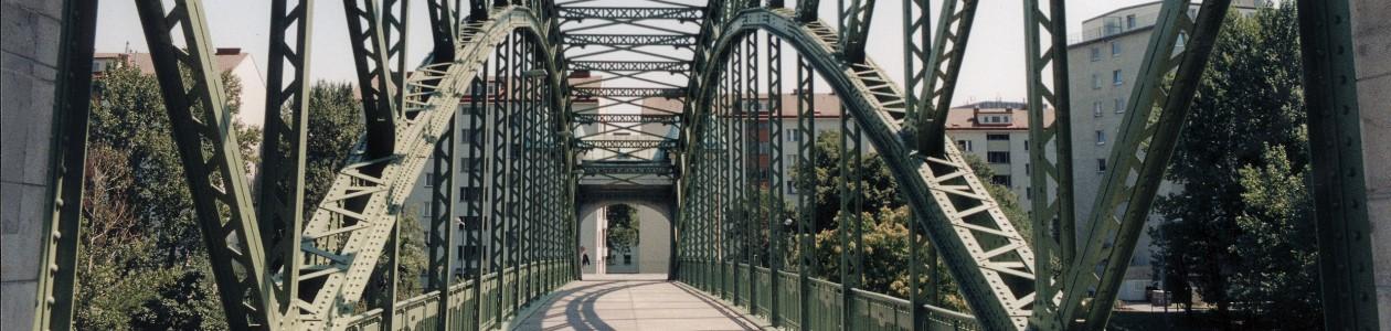 Strahlarbeiten an Stahlbrücken